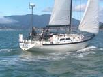 36 ft. Islander Islander 36 Cruiser Racer Boat Rental San Francisco Image 3