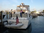 43 ft. Mainship Trawlers 430 Trawler Trawler Boat Rental Boston Image 2
