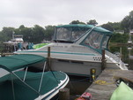 36 ft. Mainship Trawlers 36 Sedan Bridge Cruiser Boat Rental Washington DC Image 2