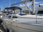 41 ft. Hunter Hunter 41 Sloop Boat Rental Los Angeles Image 18