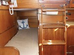 30 ft. Lippincott 30 Cruiser Boat Rental Washington DC Image 10