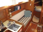 30 ft. Lippincott 30 Cruiser Boat Rental Washington DC Image 8