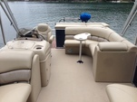 20 ft. Xcursion Pontoon X-19C Pontoon Boat Rental Boston Image 3