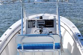 23 ft. SeaCraft by Mako 23 Classic Center Console Boat Rental The Keys Image 3