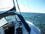29 ft. Hunter HUNTER 29.5/SL Cruiser Racer Boat Rental Tampa Image 2