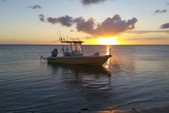 24 ft. Everglades 243 CC Center Console Boat Rental Hawaii Image 21