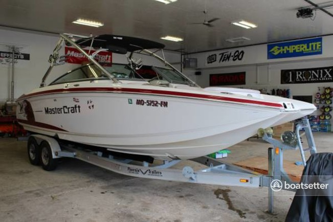 Rent a Mastercraft Boat Co ski and wakeboard in Lincoln, NE near me