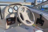18 ft. Four Winns 180 HORIZON LE(**) Bow Rider Boat Rental Rest of Southwest Image 4