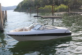 18 ft. Four Winns 180 HORIZON LE(**) Bow Rider Boat Rental Rest of Southwest Image 8