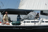38 ft. Beneteau OCEANIS 390 1 AFT CAB/CU Cruiser Boat Rental N Texas Gulf Coast Image 6