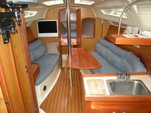 32 ft. Hunter HUNTER 320/SL Cruiser Boat Rental Seattle-Puget Sound Image 3