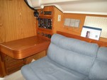 32 ft. Hunter HUNTER 320/SL Cruiser Boat Rental Seattle-Puget Sound Image 5