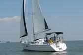 36 ft. Hunter HUNTER 36 Cruiser Boat Rental N Texas Gulf Coast Image 4