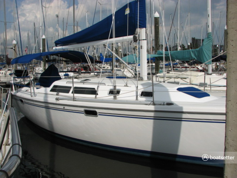 Rent a Catalina Yachts cruiser in Kemah, TX near me