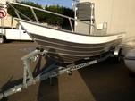 19 ft. Klamath Boat Co G.T.X. Center Console Boat Rental Rest of Southwest Image 3