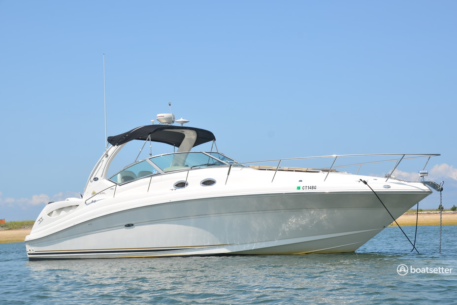 Rent a Sea Ray Boats express cruiser in Greenwich, CT near me
