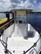 22 ft. Pro Line Boat Co 22 WALKAROUND Center Console Boat Rental Miami Image 13