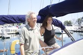 40 ft. Endeavour Cat 40 Cruiser Boat Rental Chicago Image 3