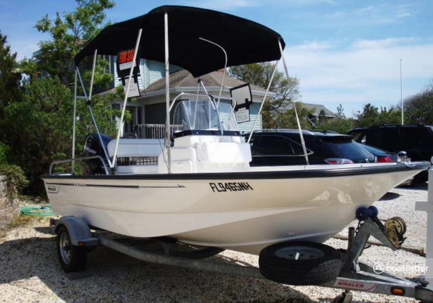 Rent a Boston Whaler center console in Southport, NC near me