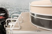 21 ft. Sun Tracker by Tracker Marine Party Barge 20 DLX Signature w/75ELPT 4-S Pontoon Boat Rental Miami Image 4