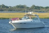 45 ft. Sea Ray Boats 400 Sundancer Motor Yacht Boat Rental New York Image 25