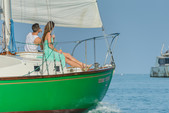 33 ft. Glander Sloop Sloop Boat Rental The Keys Image 4