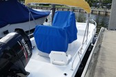 22 ft. Twin Vee Catamarans 22' Classic w/175HP Suzuki Catamaran Boat Rental Miami Image 2