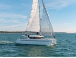 45 ft. Lagoon Boats Sport 15 w/Trailer Catamaran Boat Rental Quarteira Image 3