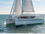 45 ft. Lagoon Boats Sport 15 w/Trailer Catamaran Boat Rental Quarteira Image 4