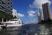 45 ft. Sea Ray Boats 44 Sundancer Express Cruiser Boat Rental Miami Image 40