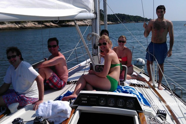 Rent a Dufour Yachts cruiser in Sag Harbor, NY near me