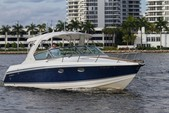 33 ft. Formula by Thunderbird F-330 Sun Sport Cruiser Boat Rental Miami Image 19