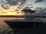24 ft. Sea Hunt 236 Center Console Boat Rental Charleston Image 8