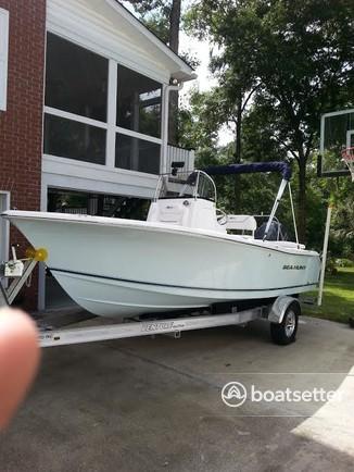 Rent a Sea Hunt Boats center console in North Charleston, SC near me