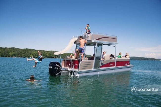 Rent a Tahoe Pontoons pontoon in Sutton, WV near me