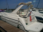 33 ft. Maxum 3000 SCR Cruiser Boat Rental Chicago Image 2
