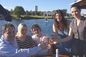 28 ft. Thomley Cruiser Boat Rental Seattle-Puget Sound Image 4