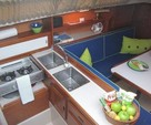 30 ft. Catalina 30 Wing Cruiser Boat Rental Tampa Image 3