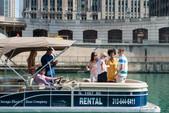 22 ft. Bennington Marine 21SX Pontoon Boat Rental Chicago Image 2