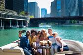 22 ft. Bennington Marine 21SX Pontoon Boat Rental Chicago Image 1