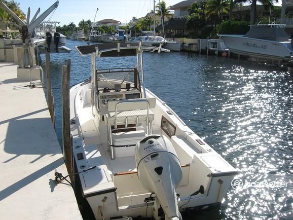 Rent a Mako Marine center console in Key Largo, FL near me