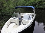 18 ft. Bayliner 175 BR  Bow Rider Boat Rental Boston Image 4