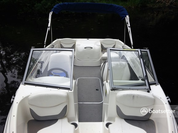 Rent a Bayliner bow rider in Wakefield, NH near me