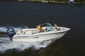 19 ft. Grady-White Boats 192 Freedom w/F150 Yamaha Dual Console Boat Rental Washington DC Image 4