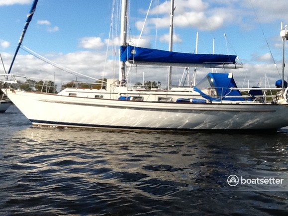 Rent a Pearson sloop in Mamaroneck, NY near me