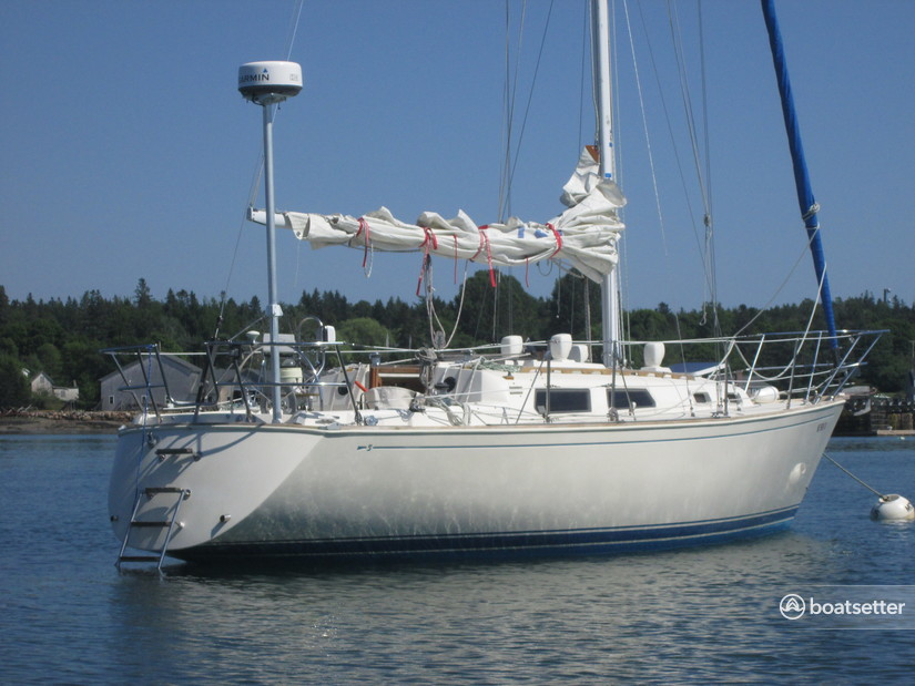 Rent a Sabre Boats sloop in Tremont, ME near me