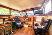 43 ft. Viking Yacht 43 Double Cabin Cruiser Boat Rental Tampa Image 7