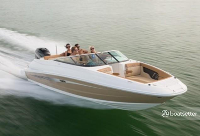 Rent a Sea Ray Boats bow rider in Key Largo, FL near me
