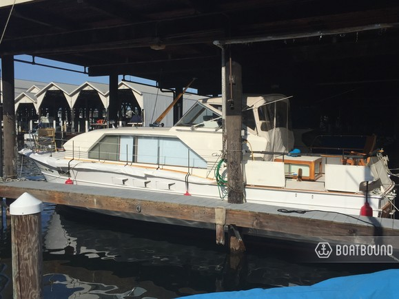 Rent a 1965 37 ft  Chris Craft Motorsailer in Seattle, WA on Boatsetter