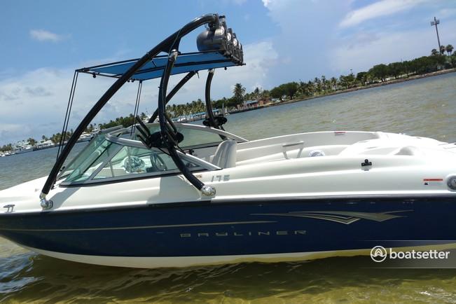 Rent a 2010 18 ft  Bayliner 175 BR in Fort Lauderdale, FL on Boatsetter